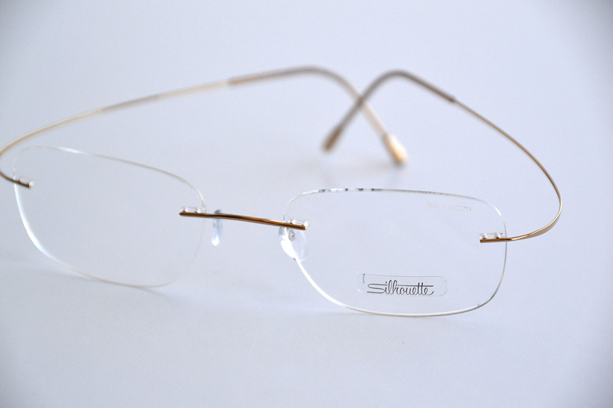 Silhouette – Gold Frames