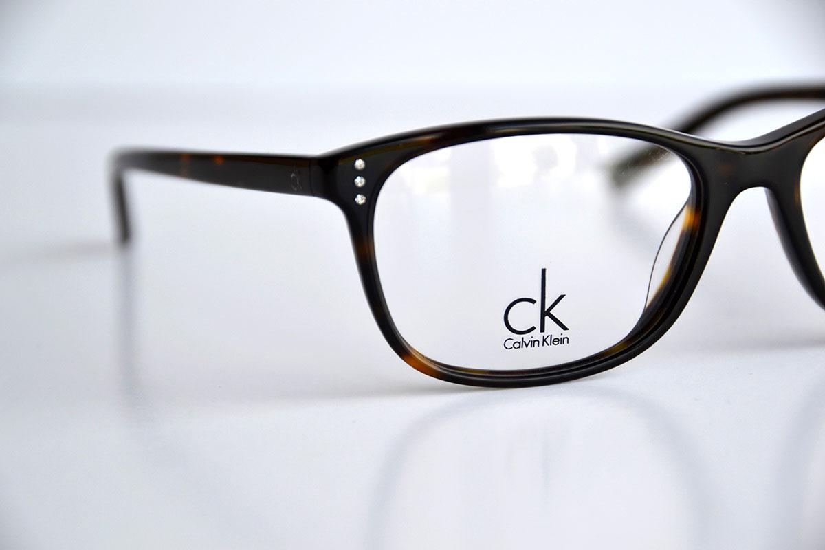 Calvin Klein – Black Frames