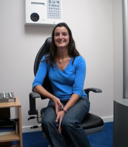Ruth Nic an Éanaigh BMus (Hons), BSc (Hons), MCOptom, Optometrist